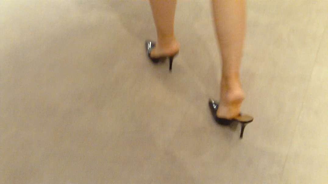 Pumps Mules (11cm) in Shopping Mall