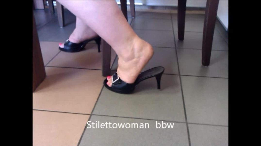 barefoot with black 4 inch Mules, Stilettowoman bbw
