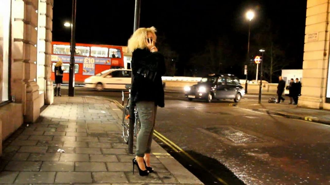 Street Candid - Cute Blonde in Louboutin Highheels by Digitalhunter
