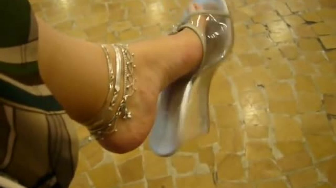 Street Candid - Dangling hot Clear Wedges