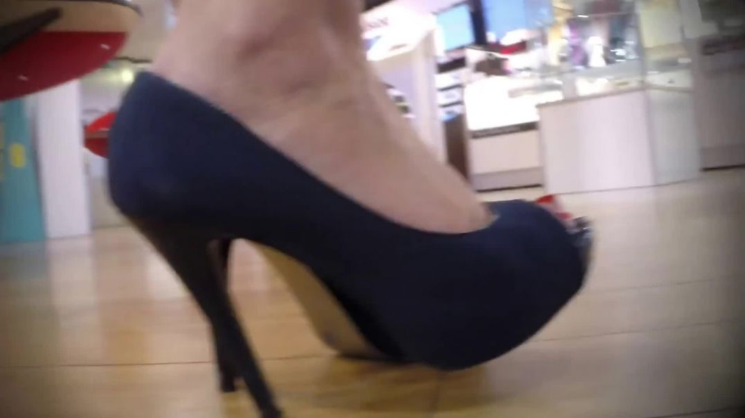 Indoor Candid - Shopping in sexy Peeptoe High Heels