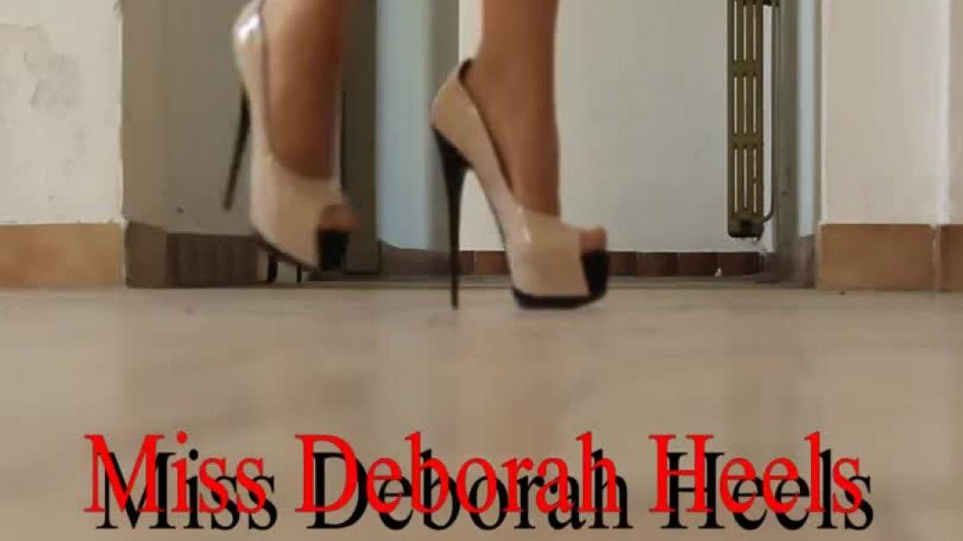 Miss Deborah - Beige plateforme