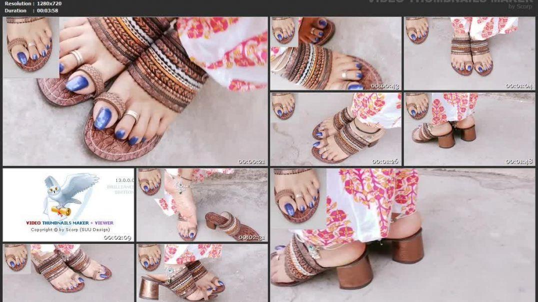 3.14 TOELOOP - blue nails & footwear toeloop sandals 480p