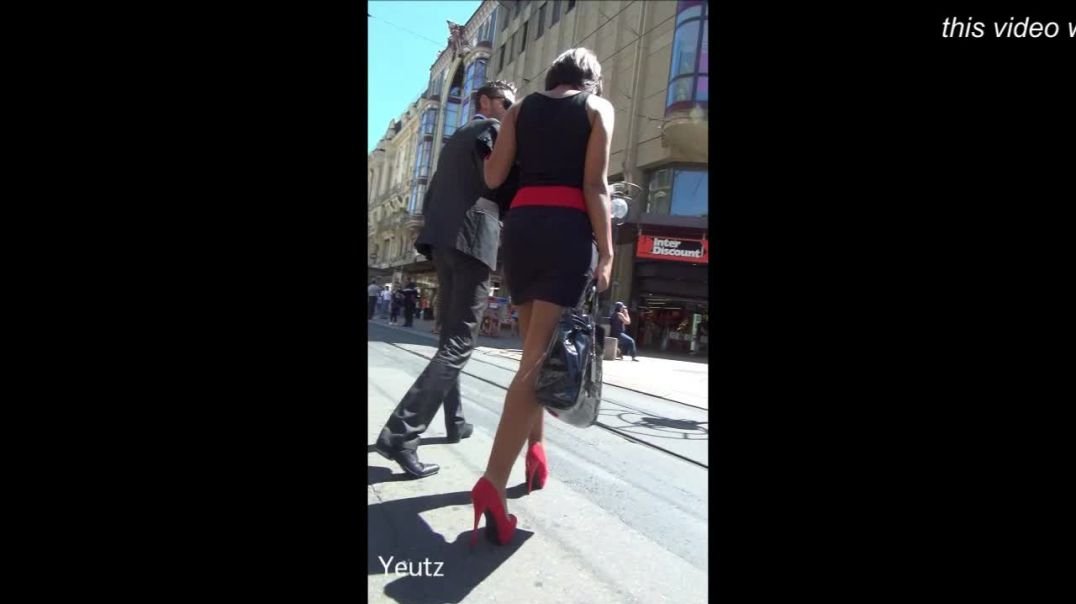 Street Candid - SUPER HOT Babe in short black dress and red high heels by Yeutz