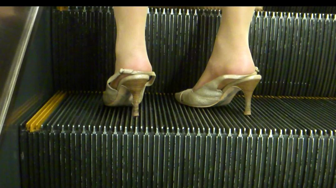 Squashed Slingbacks in Japan Underground