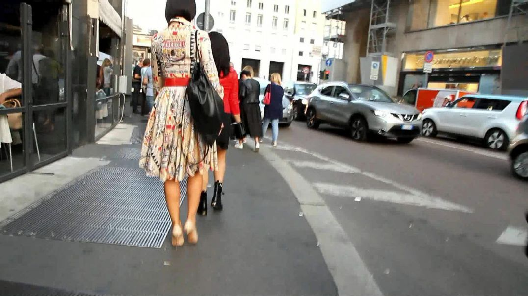 Street Candid  - High Maintenance MILF in Stiletto High Heels by Choolover
