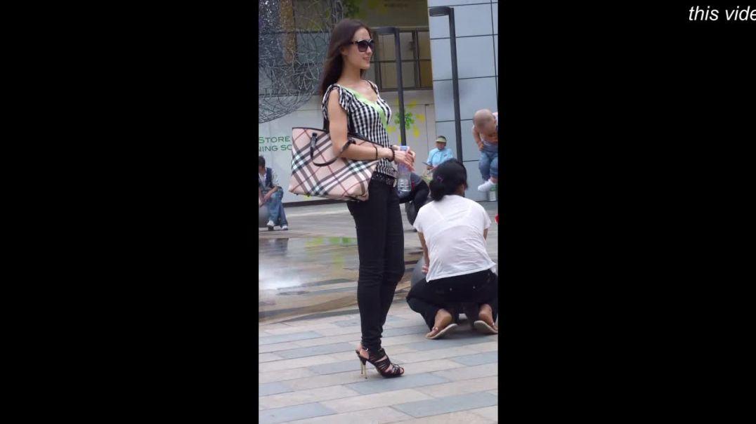 Street Candid - Asian Girl in Heels do some Photoshots 高跟鞋控 鞋控 足控