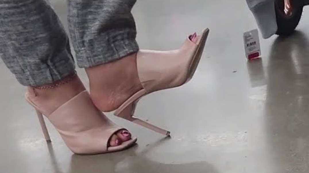BCBG Leather Peep Toe Mules | Part 2 | by Punjabi Goddess