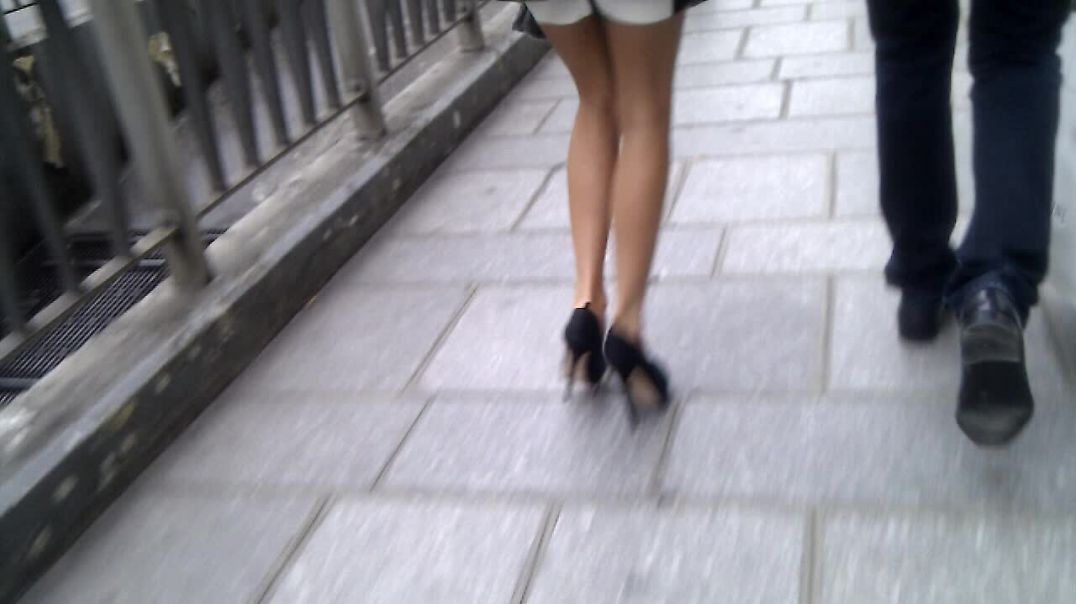 Street Candd - Nice legs and high heels