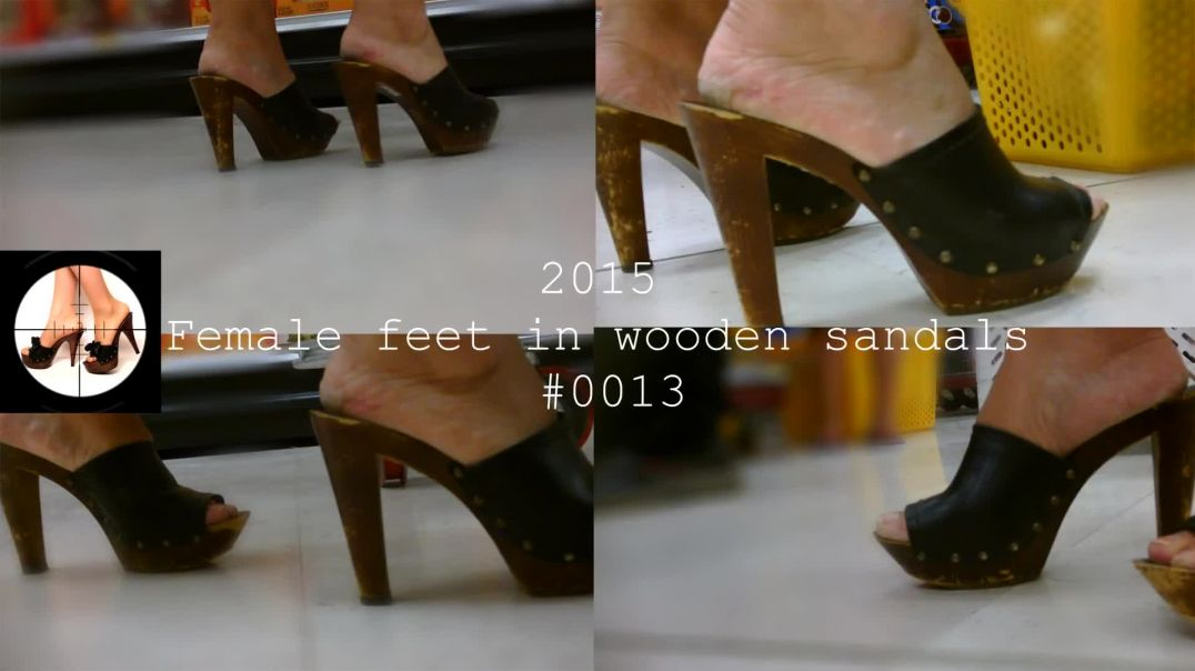 #0013 Candid Sexy Wooden Mules (Zoccoli) at the Super Market by Forest Feet