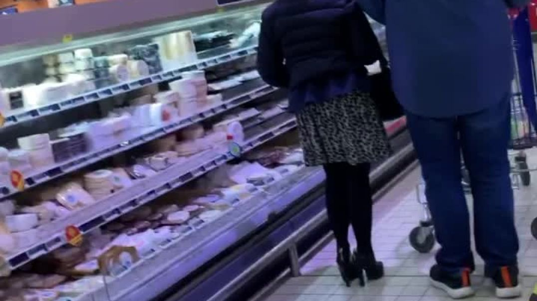 Sexy mature MILF shopping with skirt and amazing High heels
