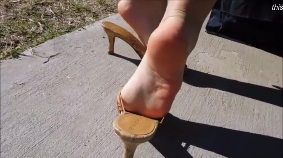 Sexy Posing in different Wooden Mules