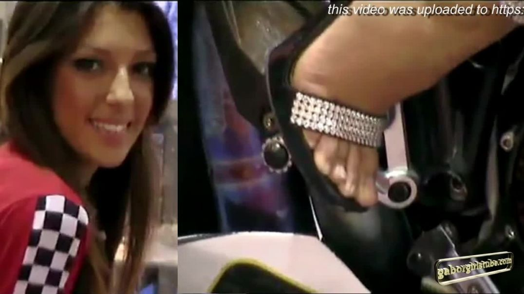 Moto Salon Milano - the good old times - Sexy Girls on Bikes