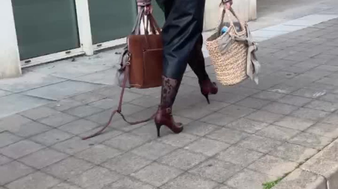 Mix of candid MILF walking in high heels