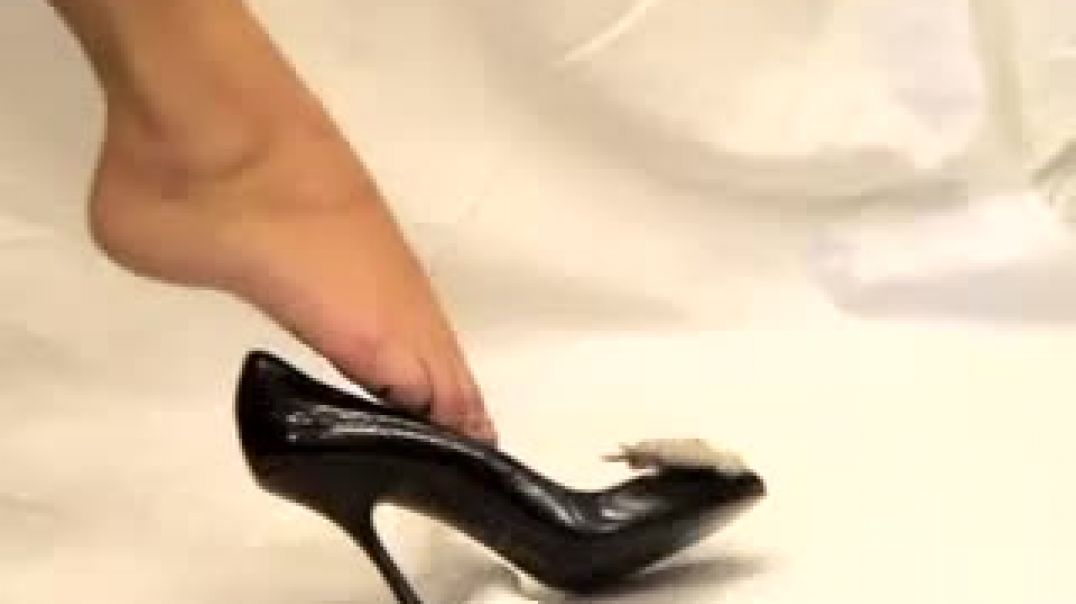Confessions of a studio apprentice -  Playing with HighHeels