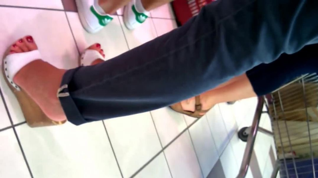Street Candid - Italian MILF in Wooden Wedges at local Supermarket