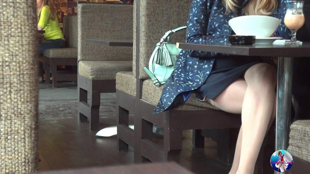 Blonde Stocking's Cafe