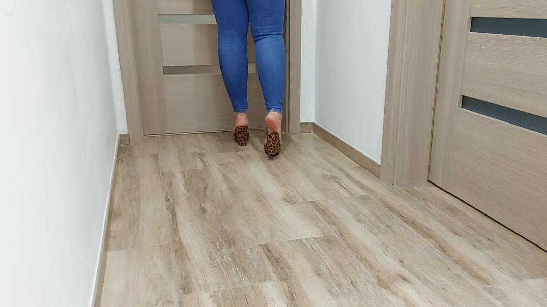 Mature feet walking and shoeplay