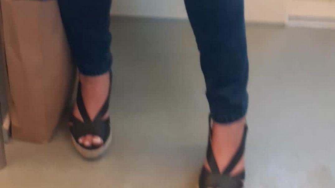 sexy toes in heels
